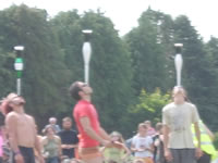 Only in Ireland! A guinness balance on top of Juggling Club on Head endurance challenge!